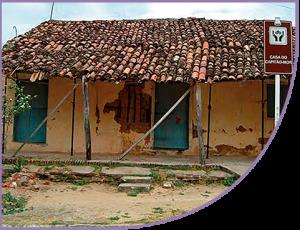 58edfa1c8 A casa mais antiga de Aquiraz está situada na rua Capitão-Mor, no Centro do  município. A edificação, conhecida como Casa do Capitão-Mor é, na verdade,  ...