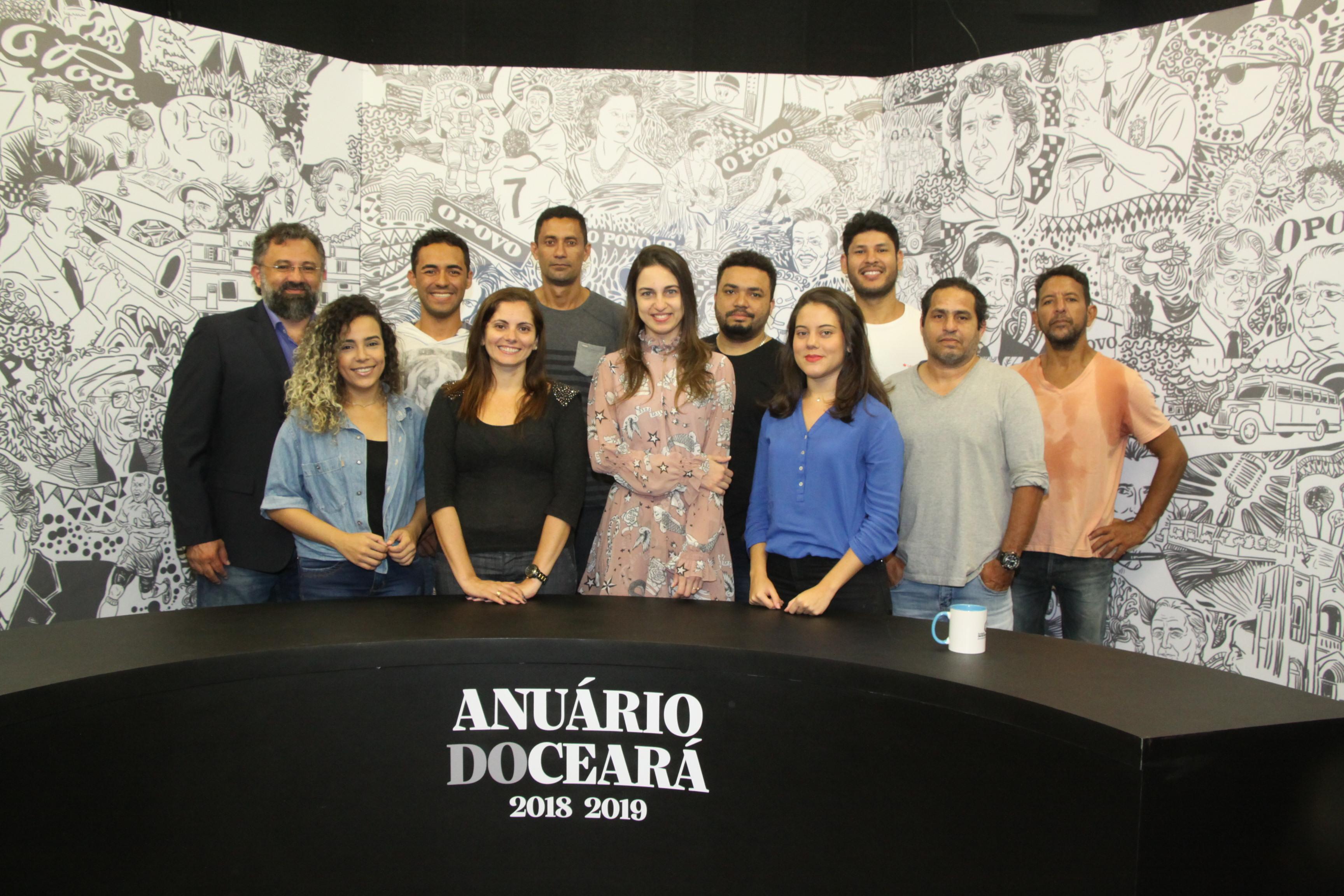 Parte da equipe responsável pela produção dos programas especiais